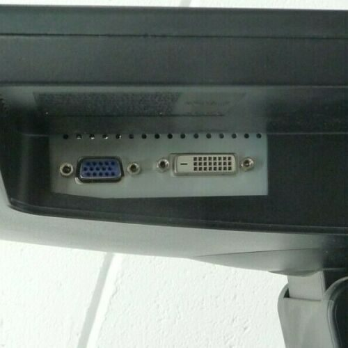 samsung syncmaster ports.jpg